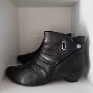 Josef Seibel Black Ankle Booties Size 41